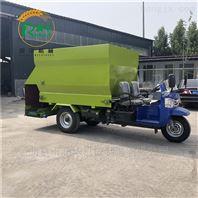 提高饲喂效率柴油撒料车 移动式投料撒草机