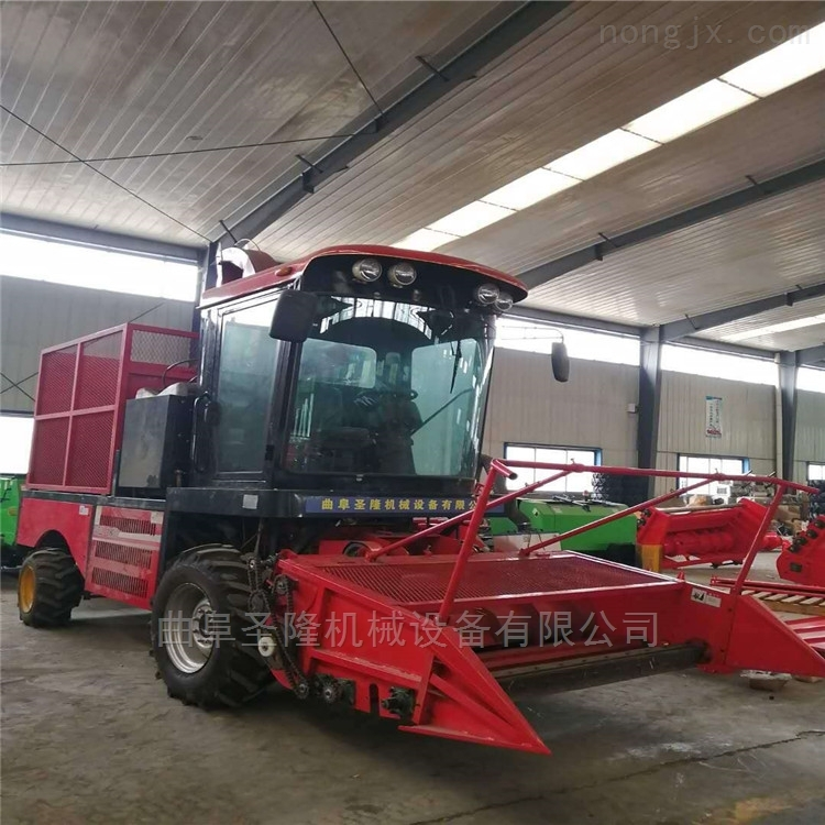青贮机大型自走式玉米秸秆收割机