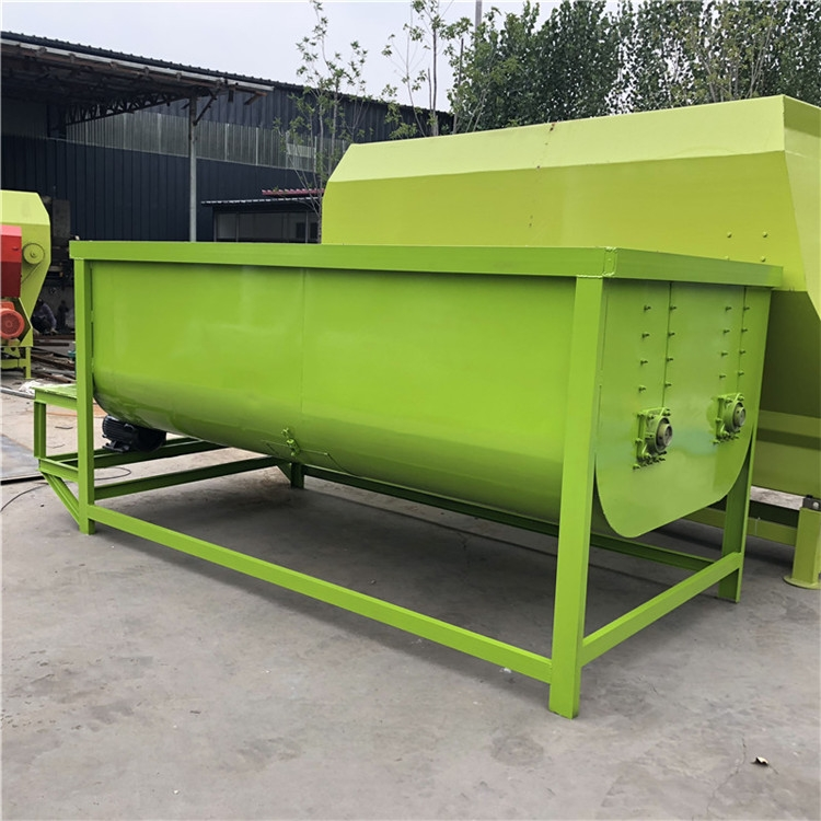 6立方TMR搅拌机 制造饲草拌料机 种子包衣机