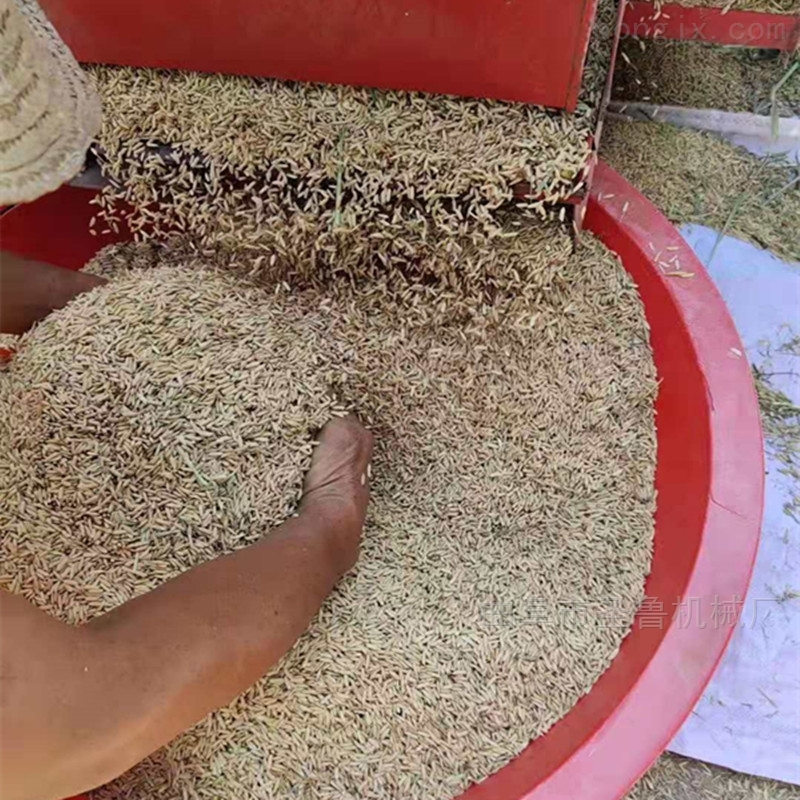 大型柴油稻麦脱粒机